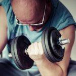 6 dicas para evitar lesões durante exercícios em casa
